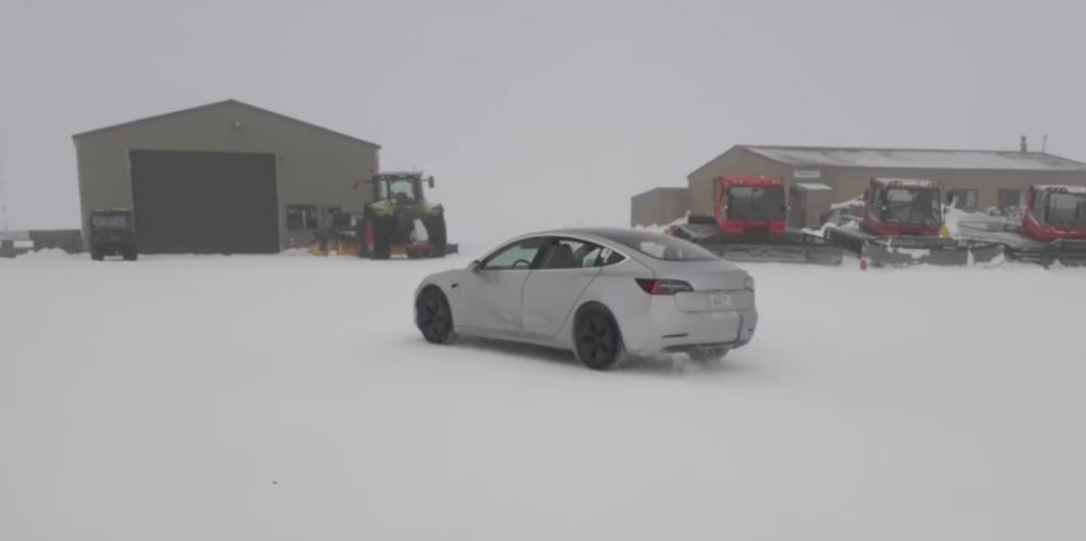 Tesla Model 3 showing some important flaws in cold weather - Electrek