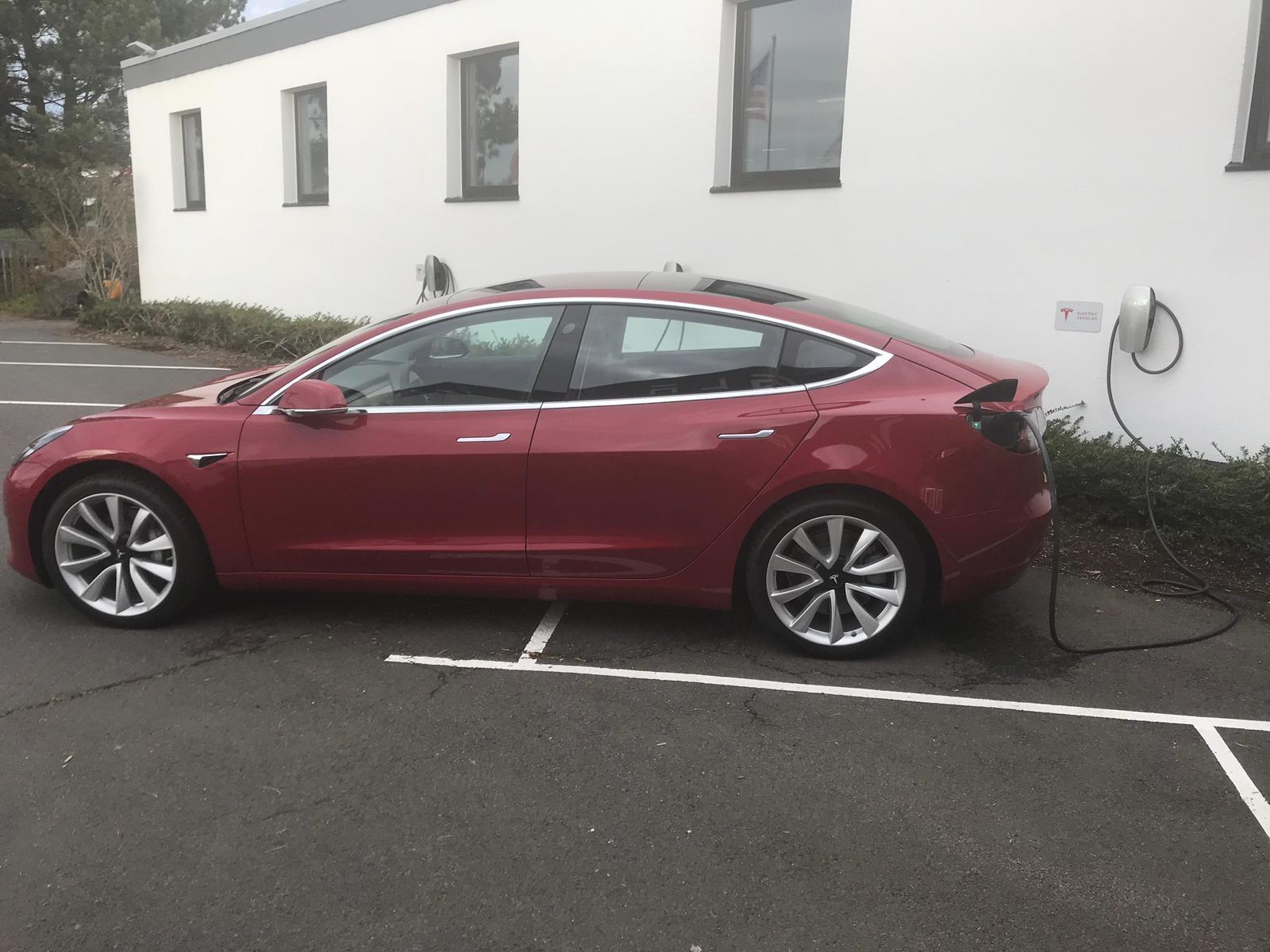 Tesla-Model-3-type-2.jpeg