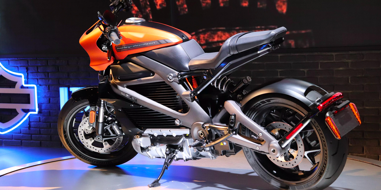 Kết quả hình ảnh cho lightning strike motorcycle