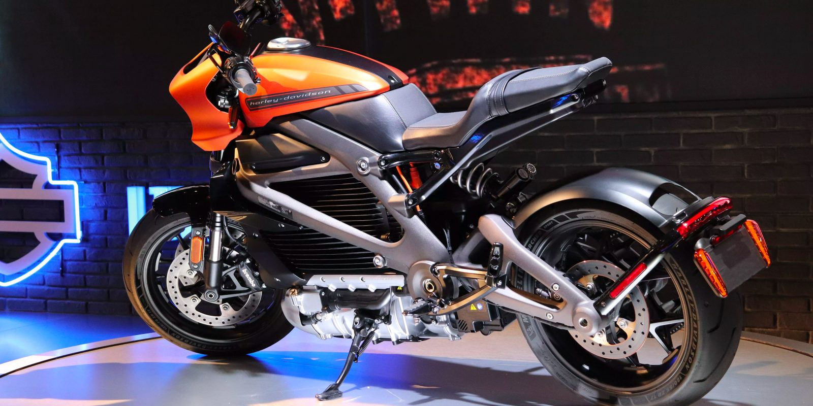 Harley Davidson Unveils Livewire Specs And Prices Shows Off 3 New Urban Electric Motorbikes