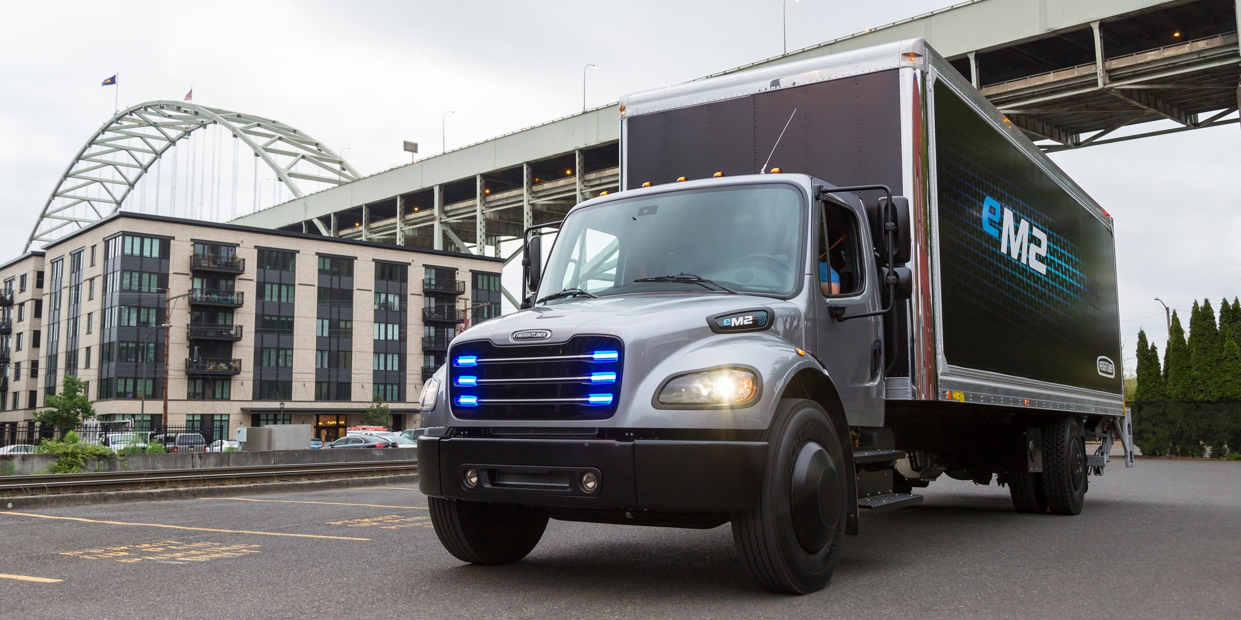 Daimler is working on electric truck charging rate 'up to 3MW'