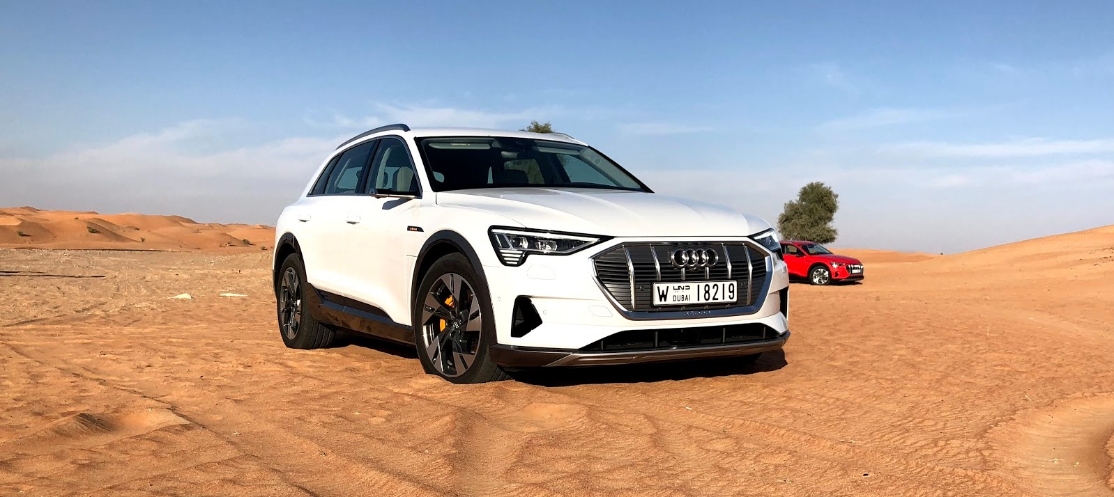 audi e tron first drive review a solid electric suv. Black Bedroom Furniture Sets. Home Design Ideas