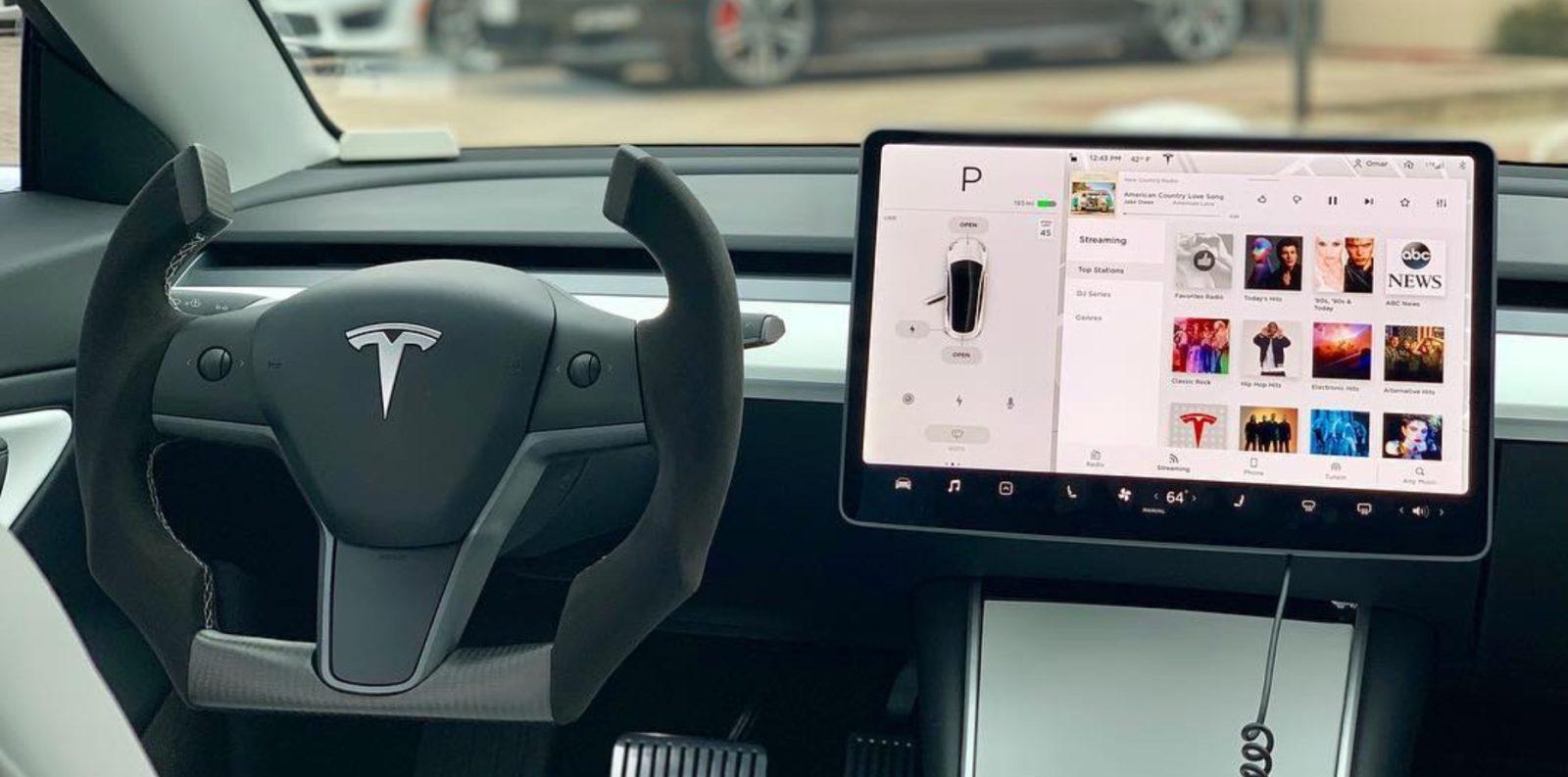 Tesla Model 3 gets a Roadster-like steering wheel: love it ...