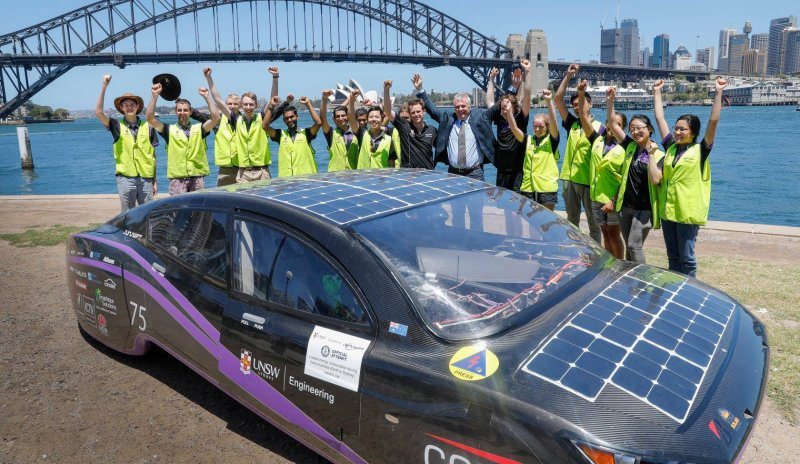 solar-powered car