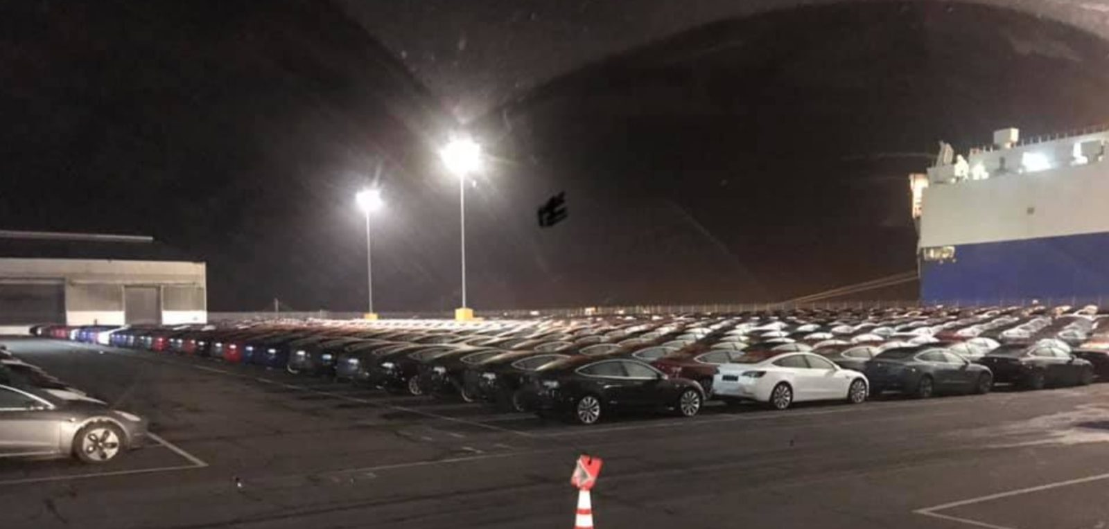 Massive Tesla Model 3 shipment spotted ahead of first oversea deliveries
