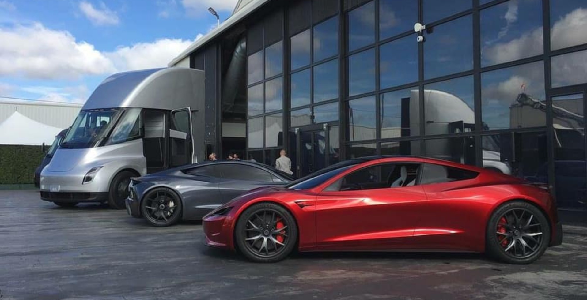 Tesla is giving away over 80 new Roadsters for free, which might have killed the referral program