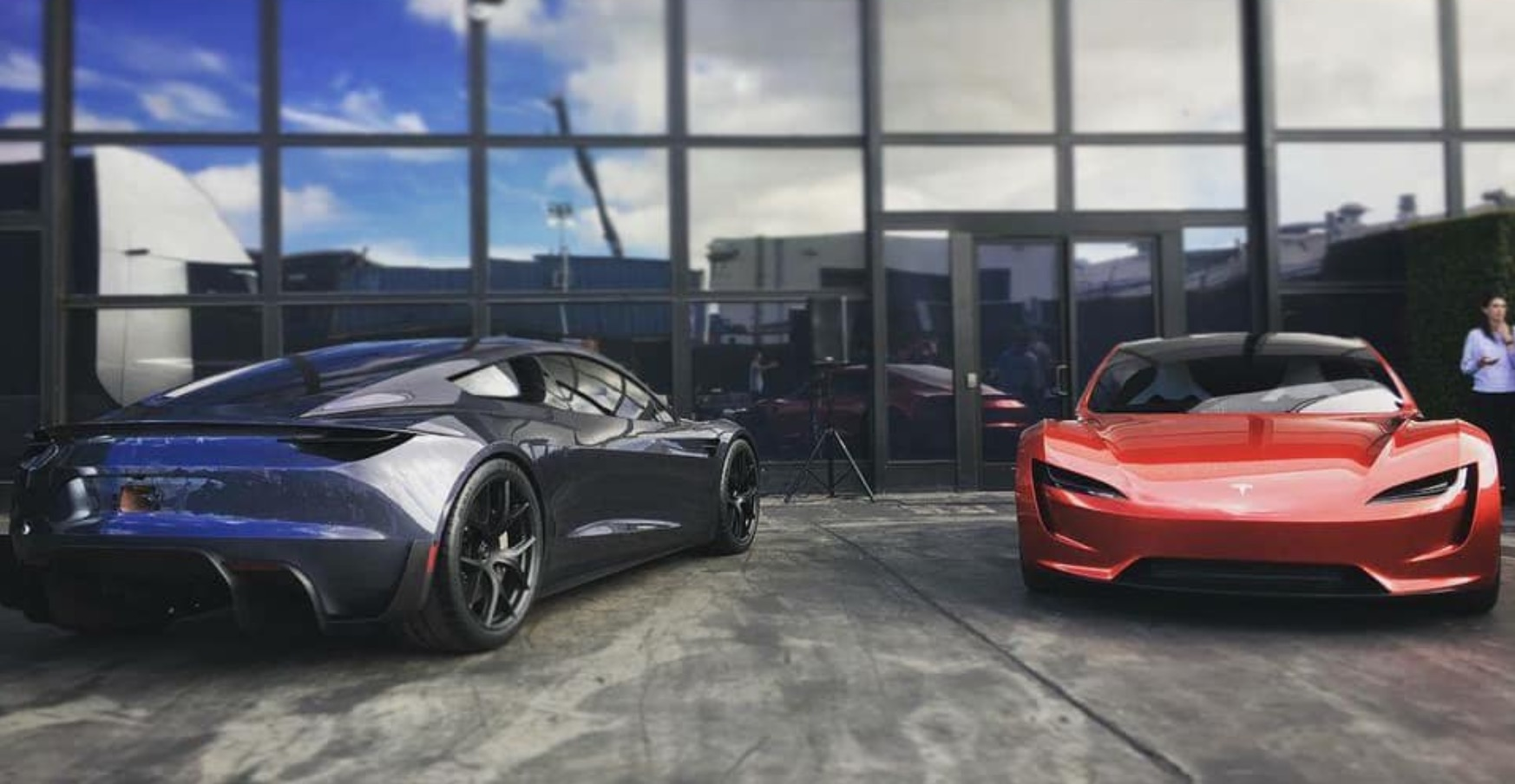 Tesla Roadster 2020: Elon Musk tempers expectations on ...