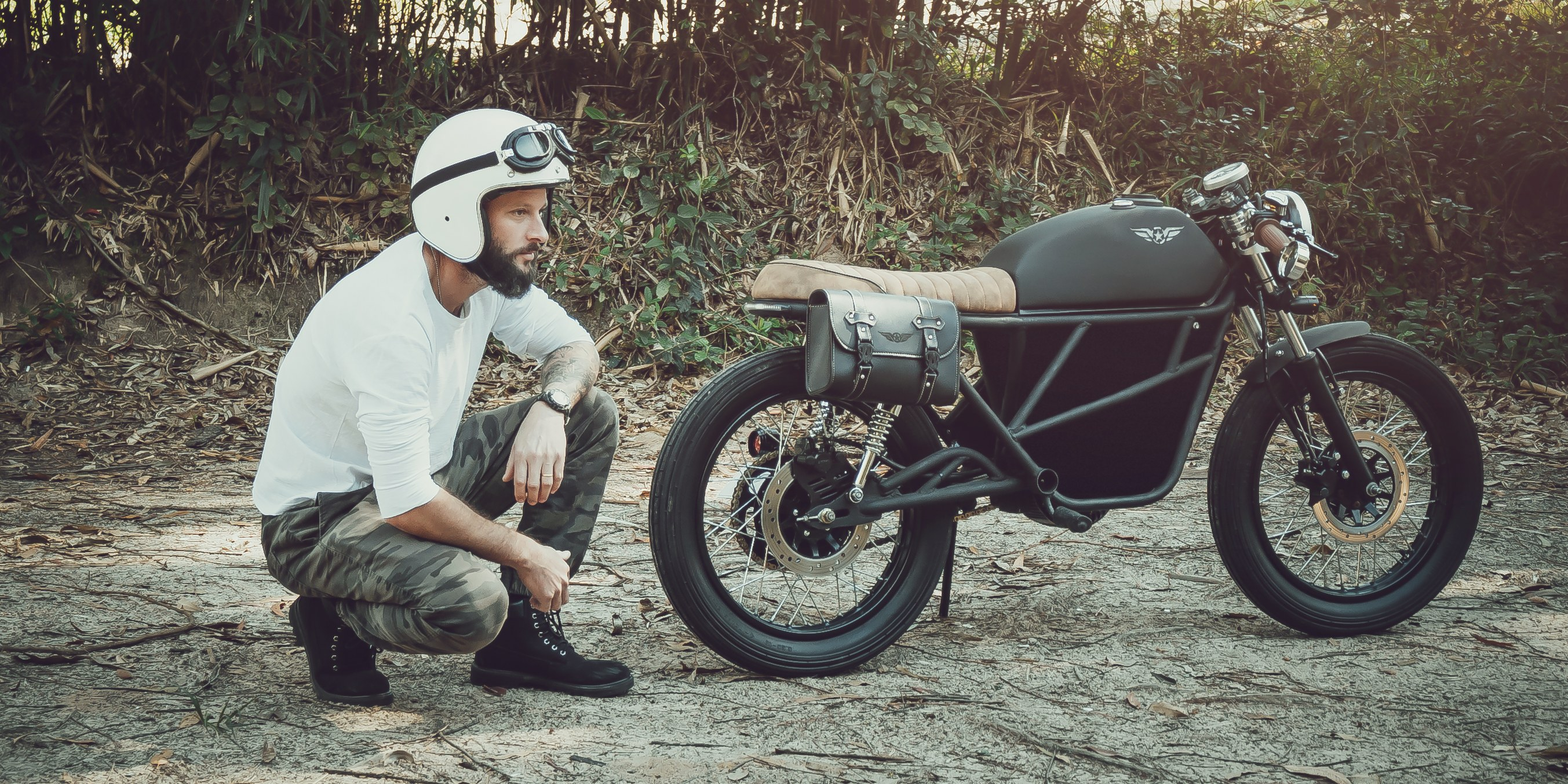 Fly Free's latest 50 mph electric motorcycle promises 100 mile range, ~$4,500 pre-sale price