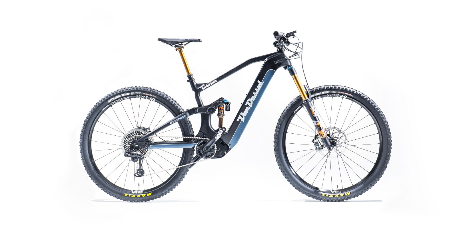 photo of Panasonic finally enters US e-bike market with its own electric motors and batteries image