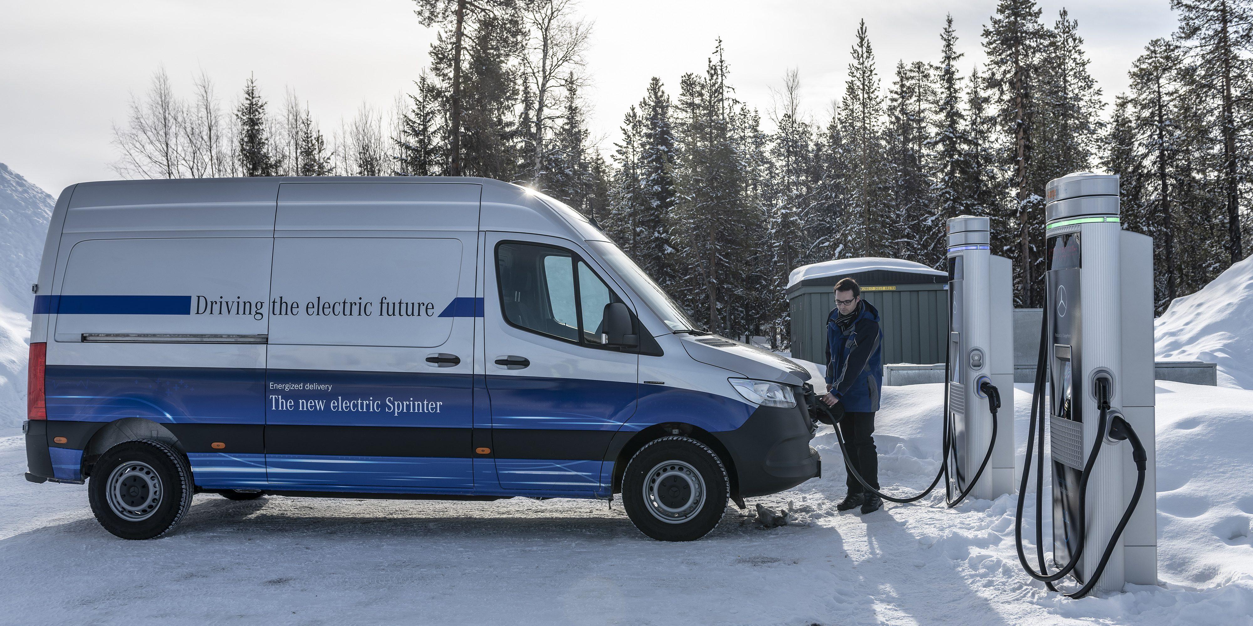 Mercedes-Benz releases electric eSprinter van specs, goes through winter endurance test