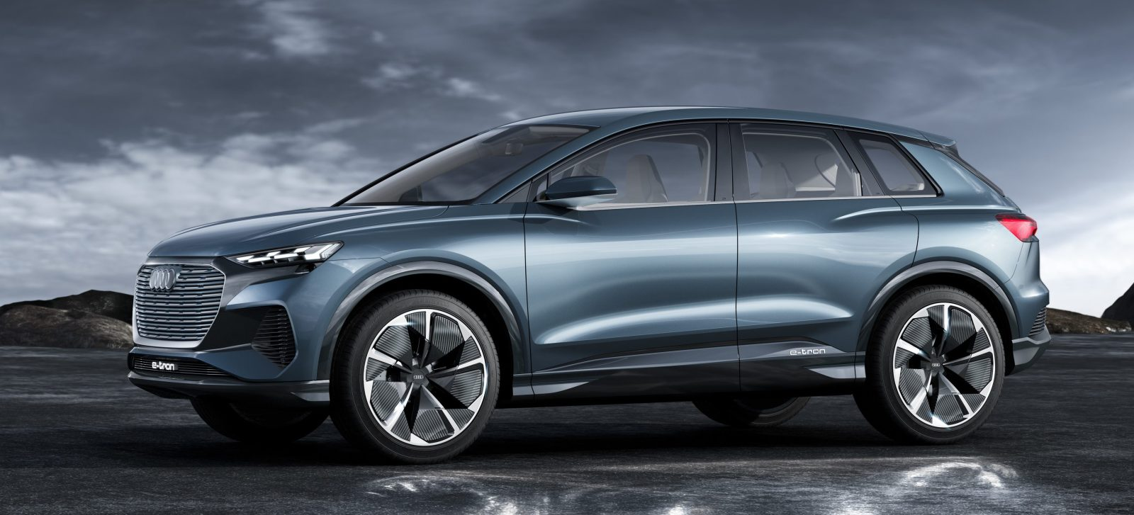 Audi Unveils Small Electric Q4 E Tron Suv With 280 Miles Of Range