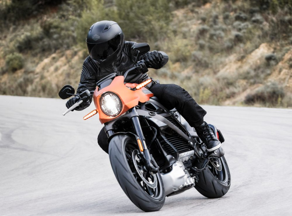 Harley Davidson Updates Livewire Electric Motorcycle Specs Boosts Range