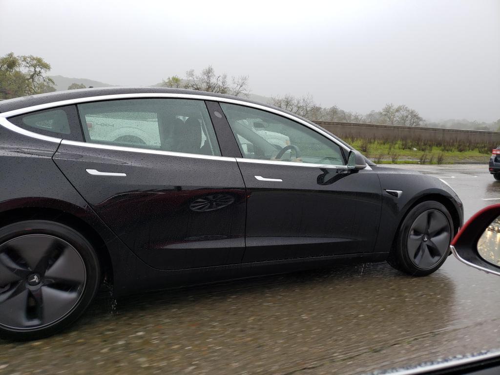 Tesla-Model-3-right-hand-drive.jpg?resiz