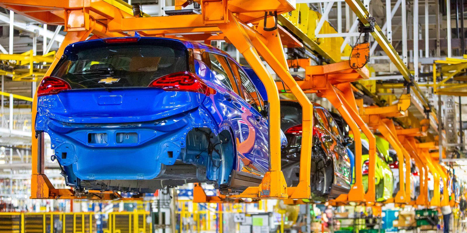 GM investors pressuring automaker to push back on Trump admin's fuel economy rollback plan
