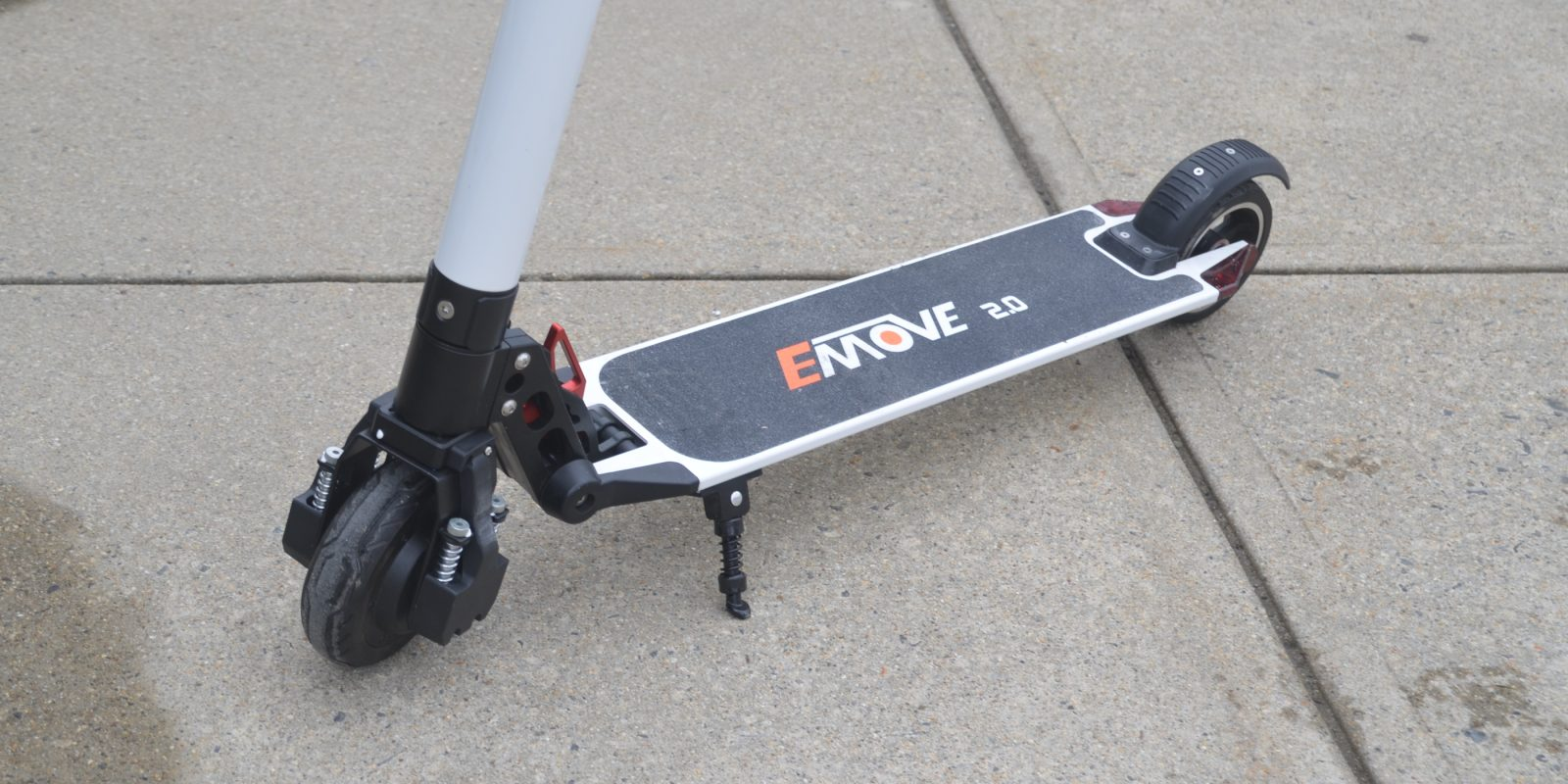 Review Emove 2 0 Electric Scooter Is The Lightest I Ve Ridden At Just 7 Kg