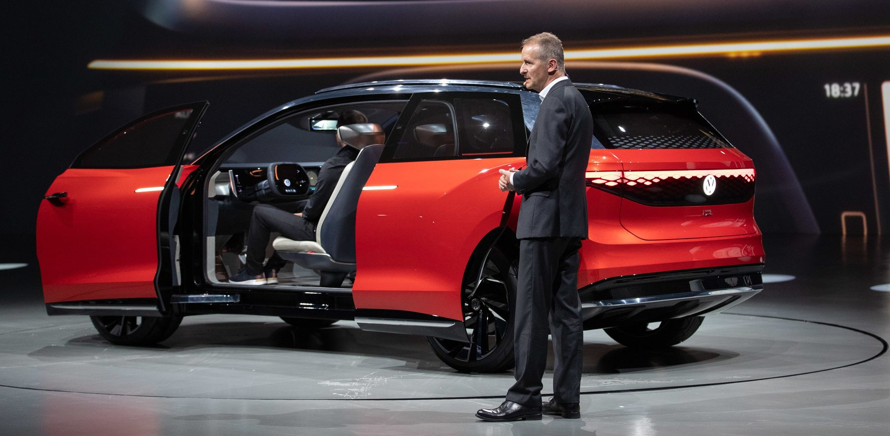 vw unveils new all-electric suv with long range and sleek interior