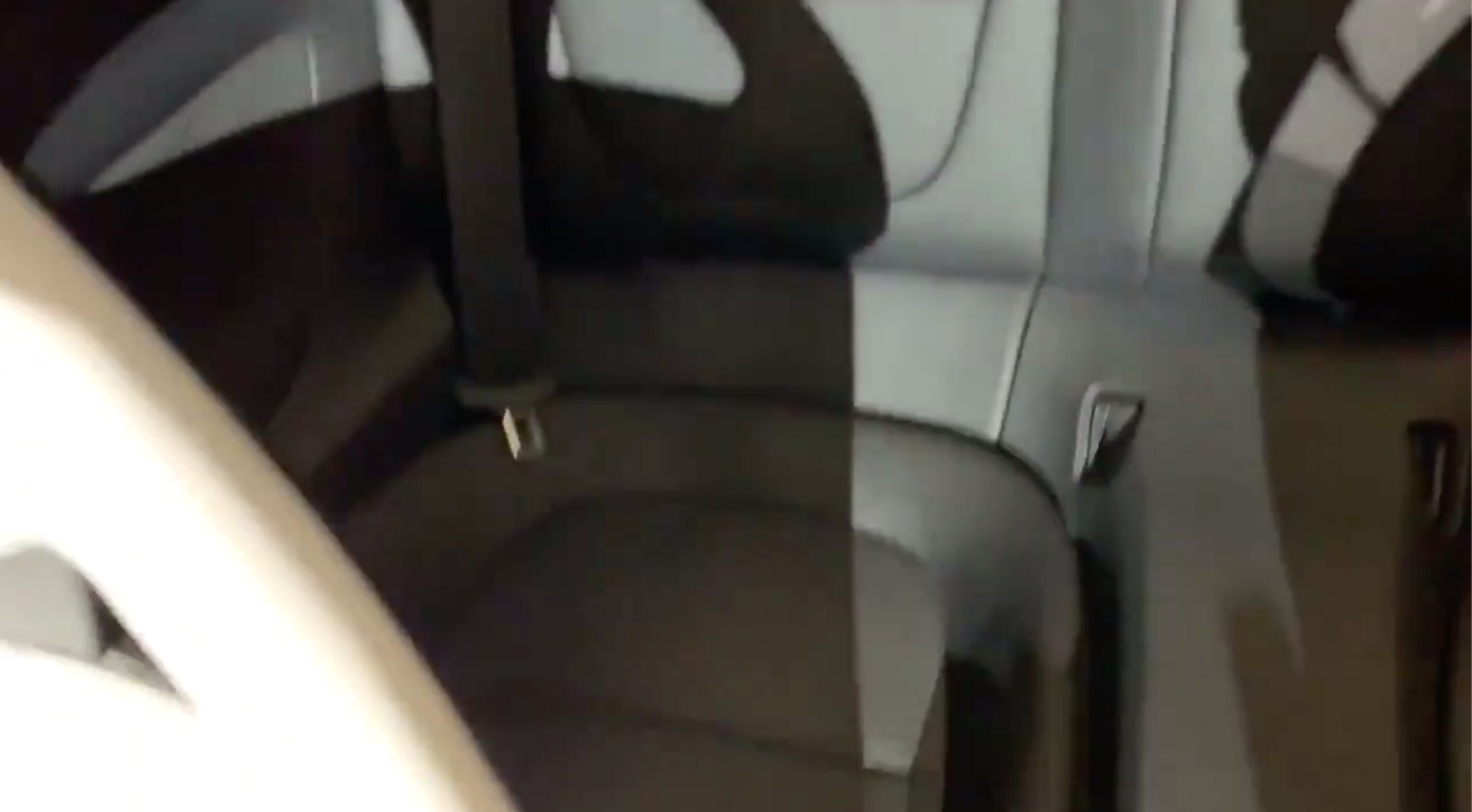 Tesla gives first look a new Roadster back seats and door system