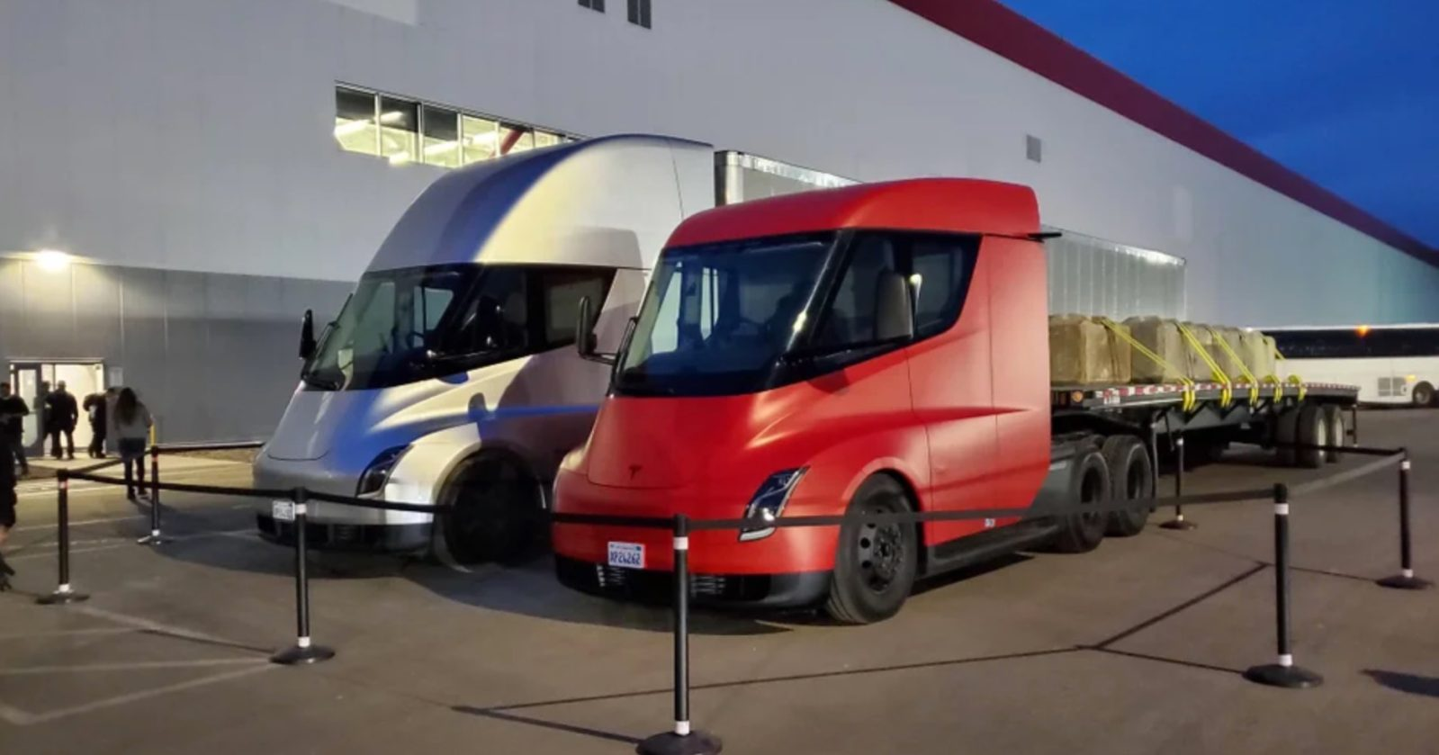 Tesla Semi electric truck production to start 'with limited volumes' in 2020