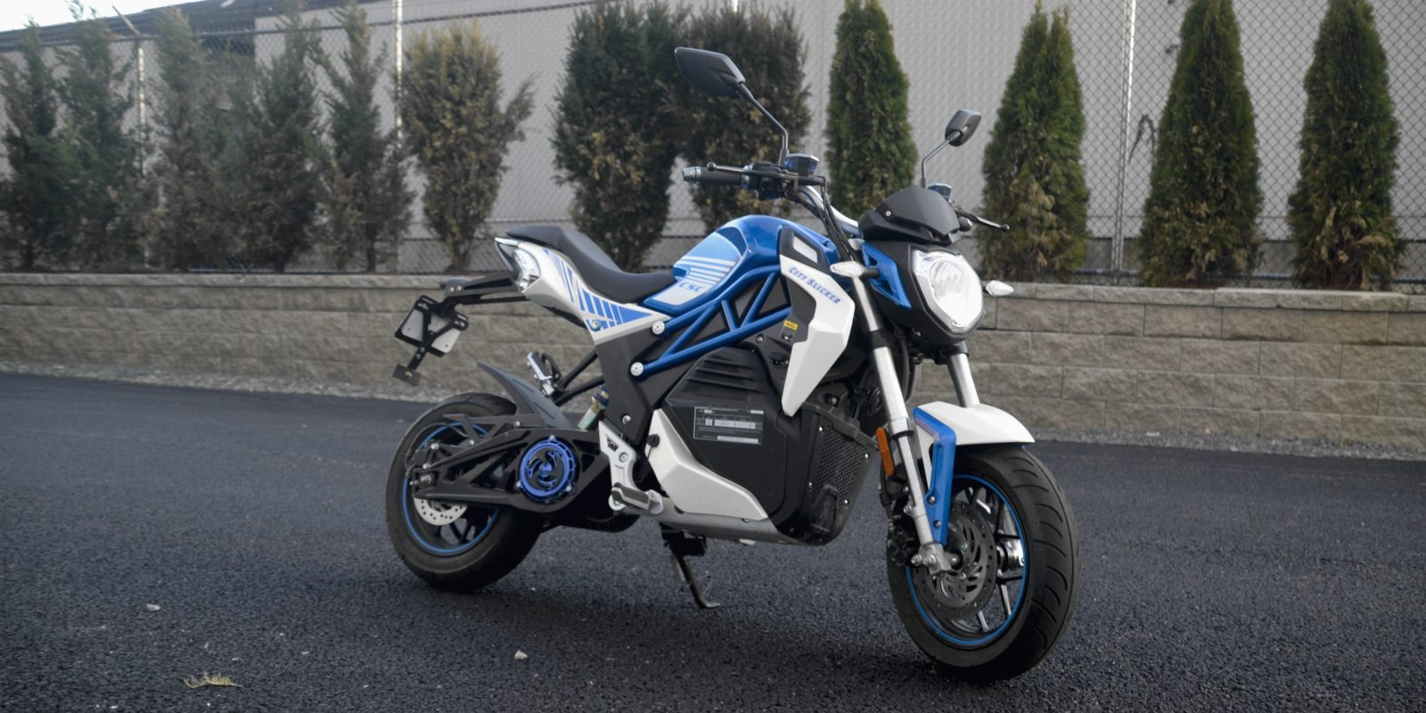 Review The 2 495 Csc City Slicker Electric Motorcycle Is One Hell Of A Ride Electrek
