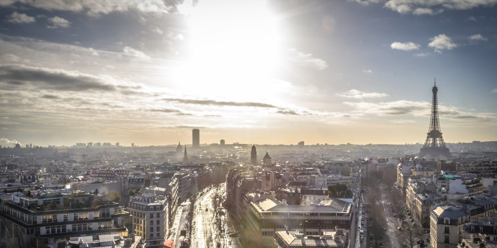 Paris fights smog with biggest ever EU electric bus purchase, 800 e-buses to replace diesel