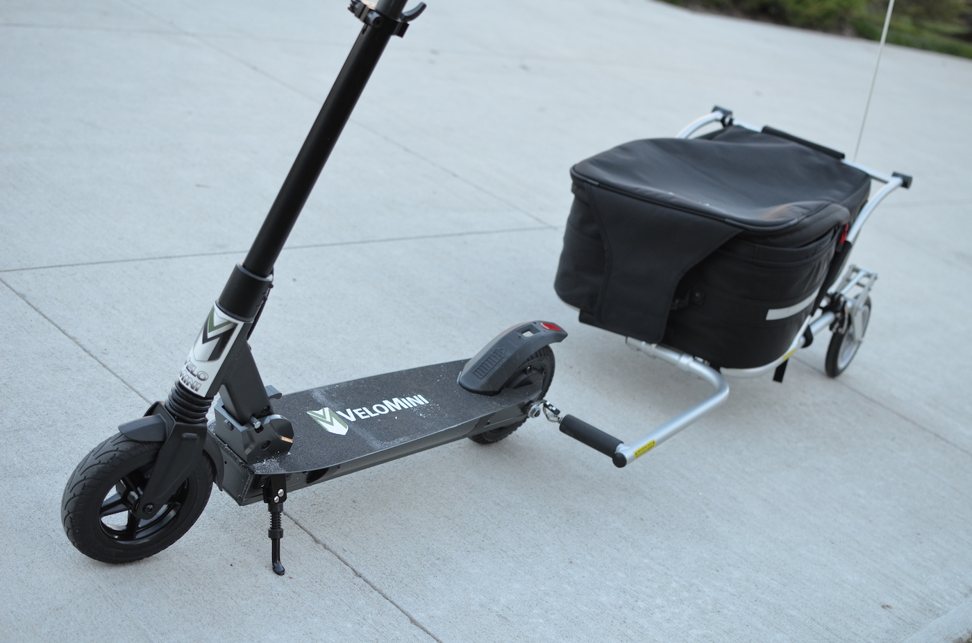 Review: VeloMini Scoot and T1 trailer turns an electric scooter into a truck