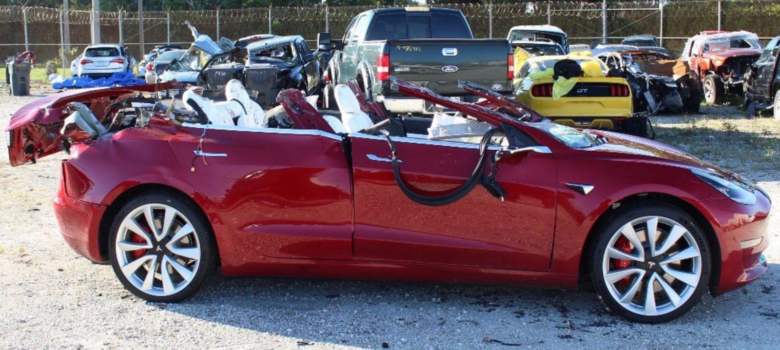 Tesla Autopilot fatal crash with truck is under