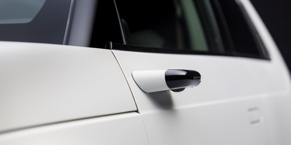Honda e electric car to come with standard side camera mirror system