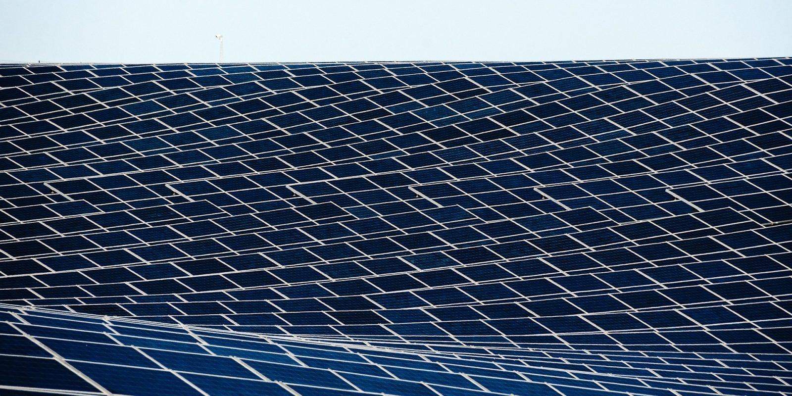 EGEB: World's largest solar plant now online, $4 5 trillion for 100