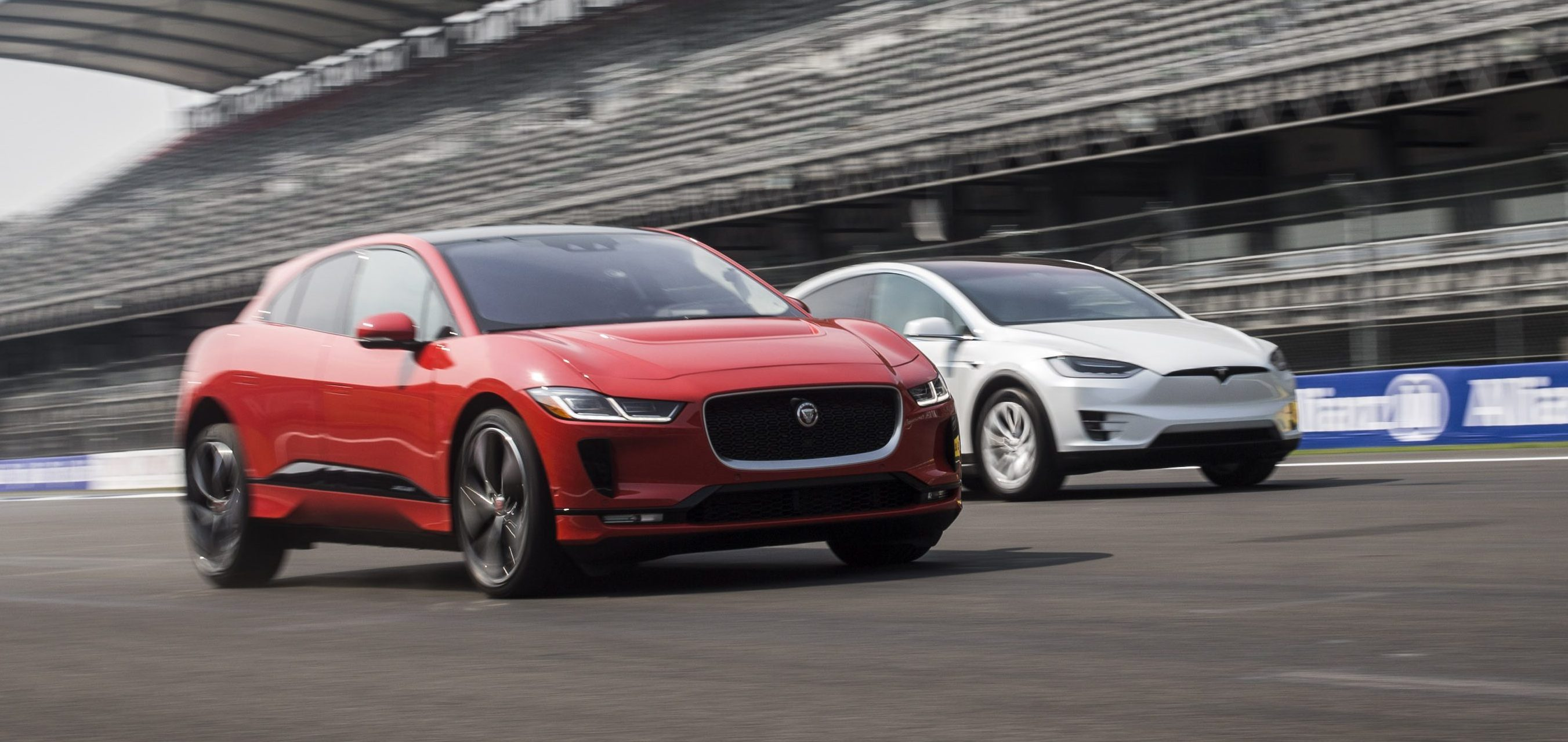 Jaguar goes after Tesla with $3,000 incentive for owners to buy I-Pace - Electrek
