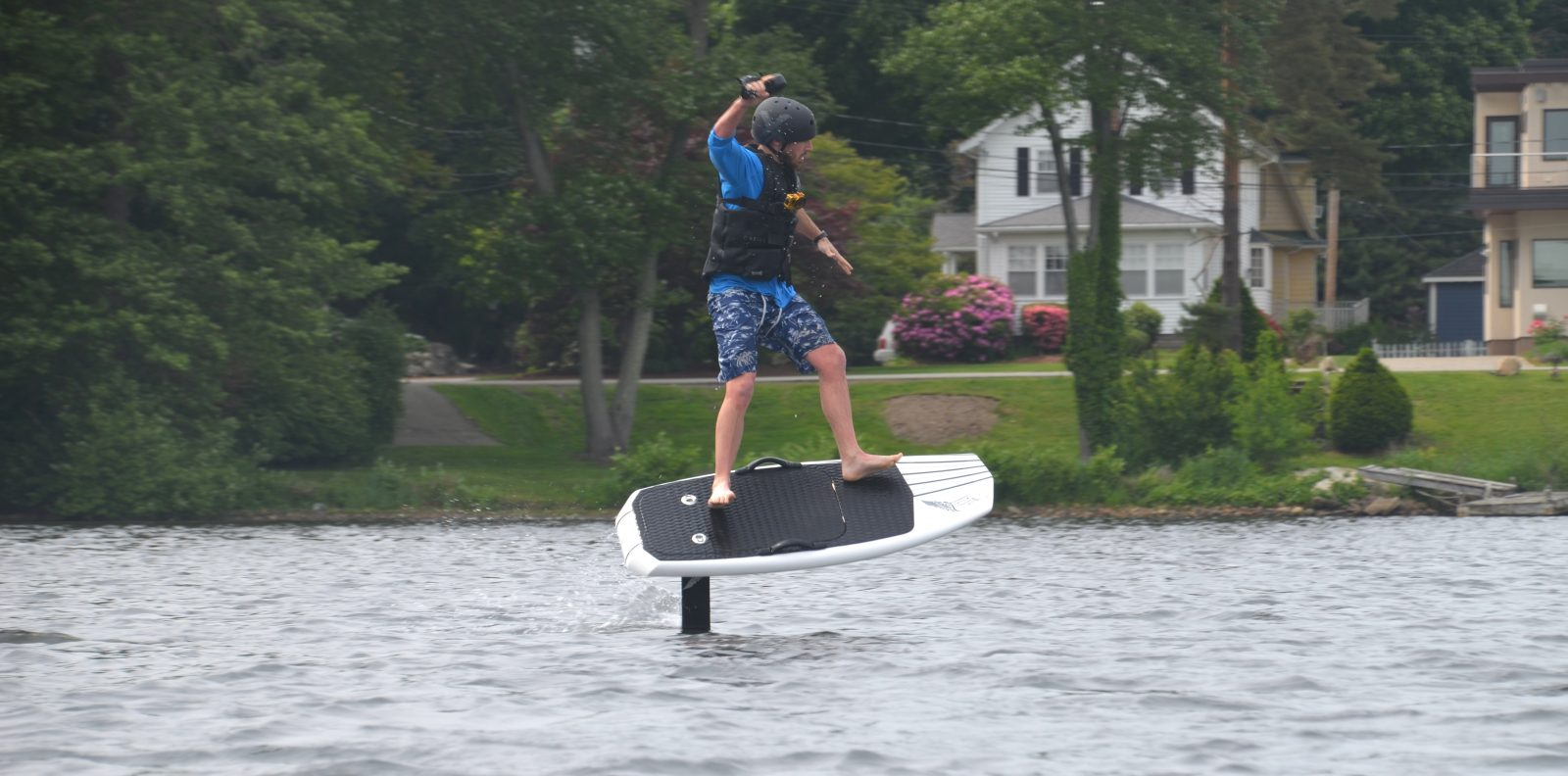 First Ride: Lift eFoil electric hydrofoil board literally flies above water