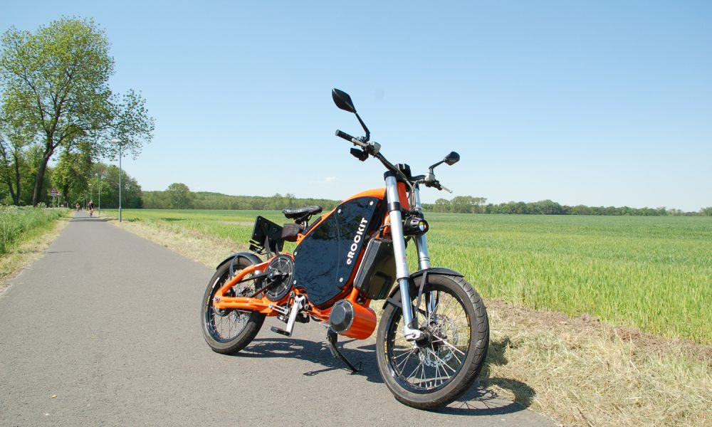 this 50 mph 80 km h erockit electric motorcycle has. Black Bedroom Furniture Sets. Home Design Ideas