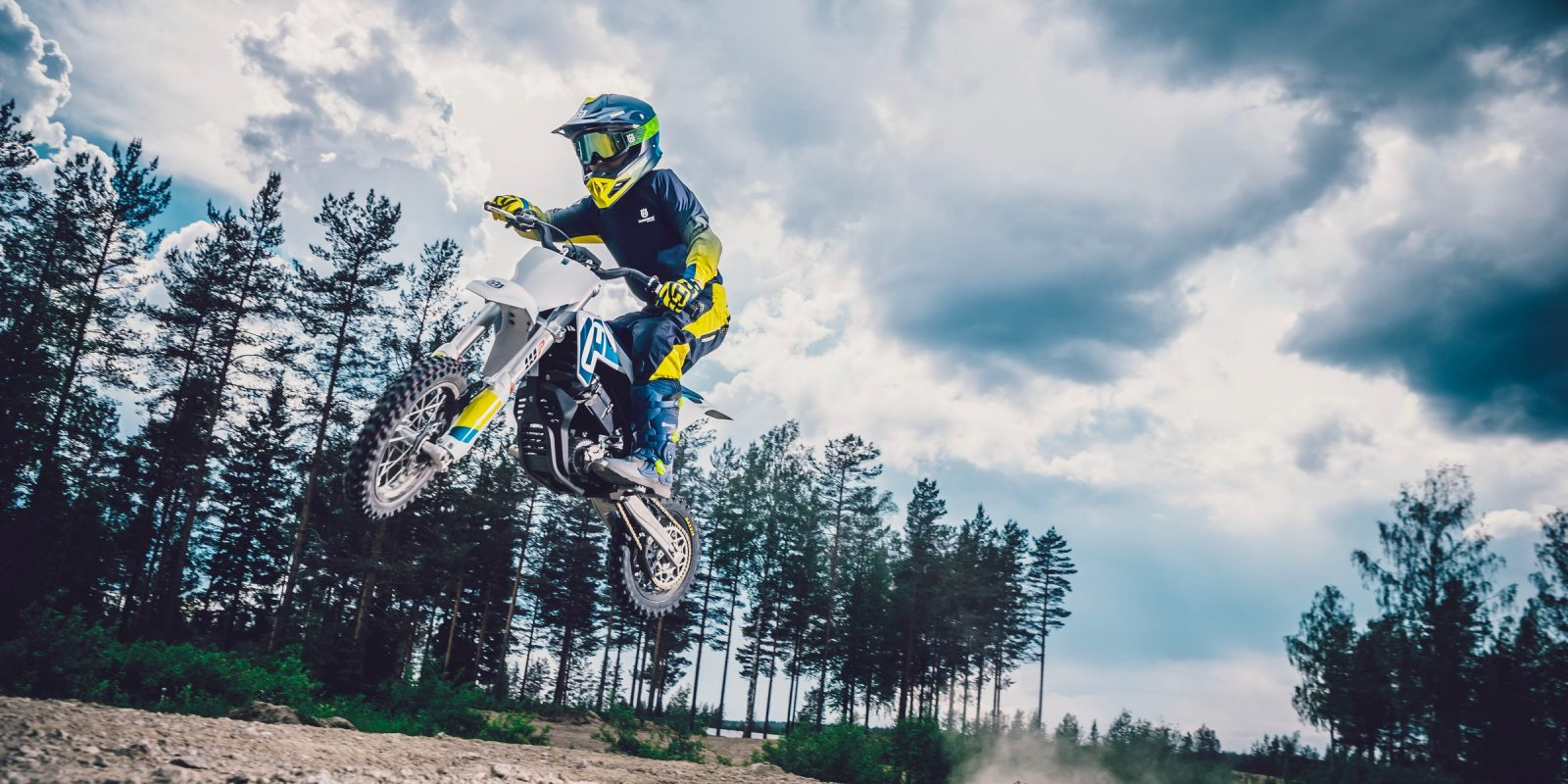 Husqvarna launches its first electric motorcycle, the EE 5 electric dirt bike