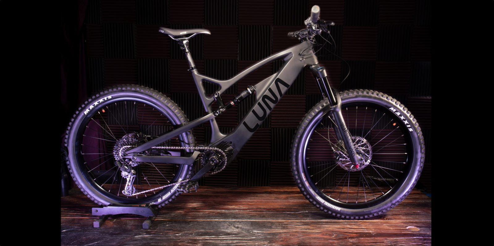 958eab8b518 Luna's new 'Ludicruous Mode' 2,000 W enduro e-bike has shockingly low price
