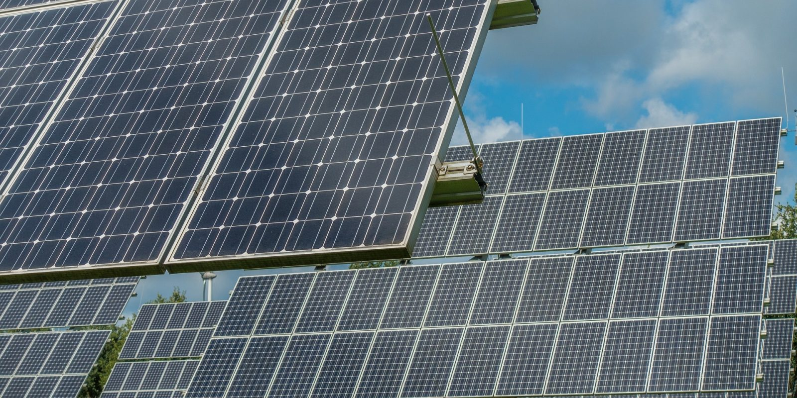 EGEB: Bill for 50% US renewables by 2035, renewables surpass coal in US, European solar rebound
