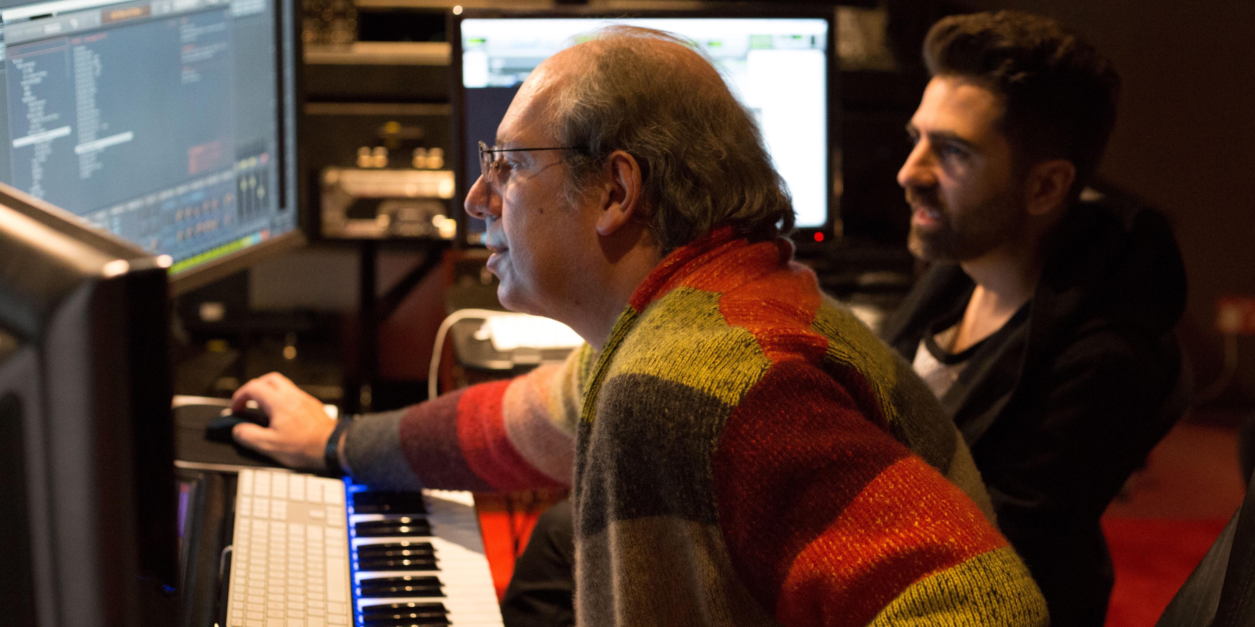 Famed film composer Hans Zimmer develops drive sounds for future BMW electric cars - Electrek