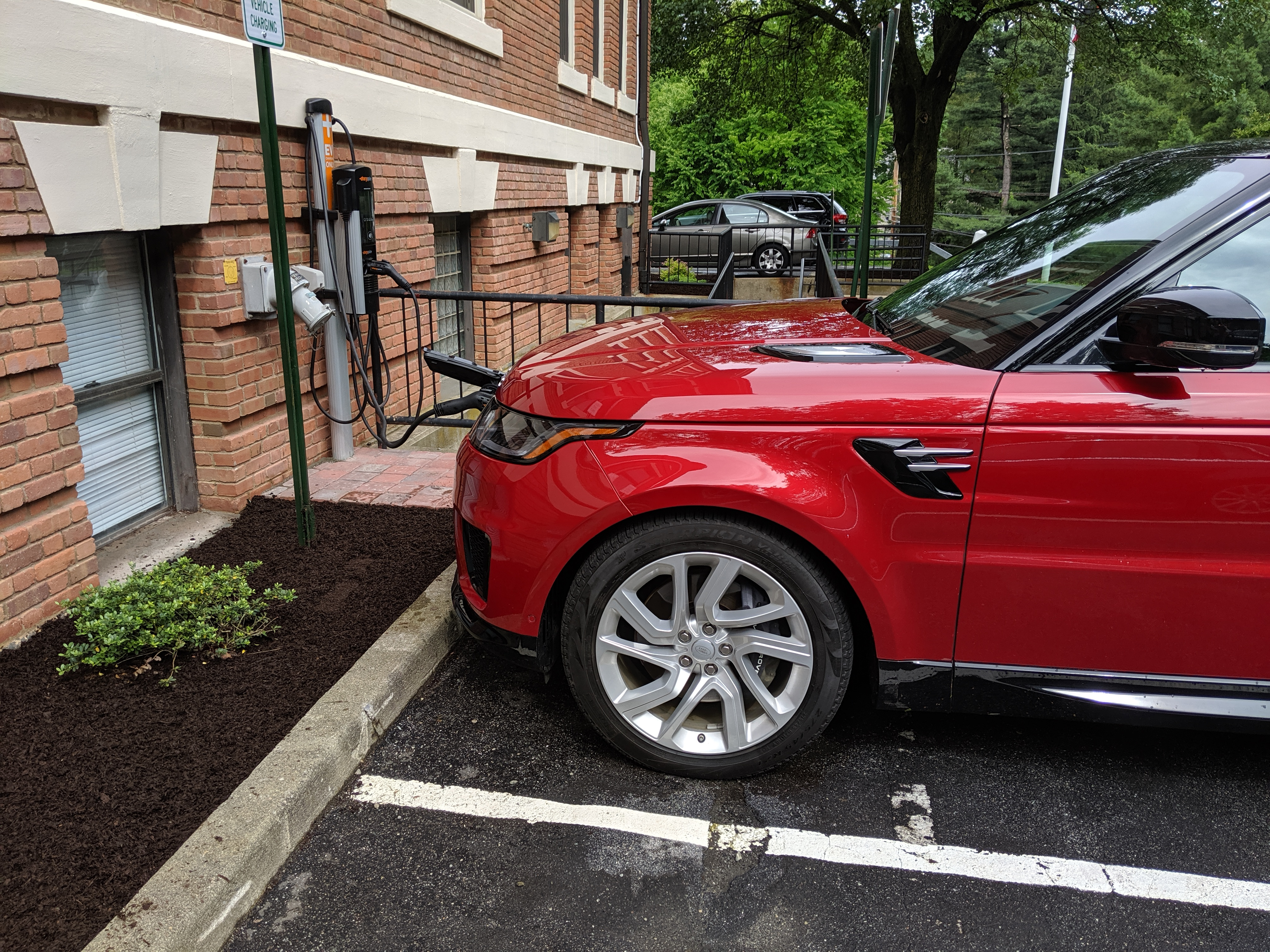 Review: Range Rover Sport PHEV is fun but lacks electric