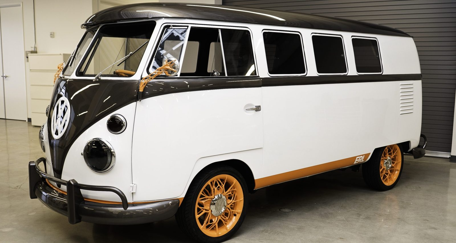 VW unveils beautiful Type 2 electric conversion microbus