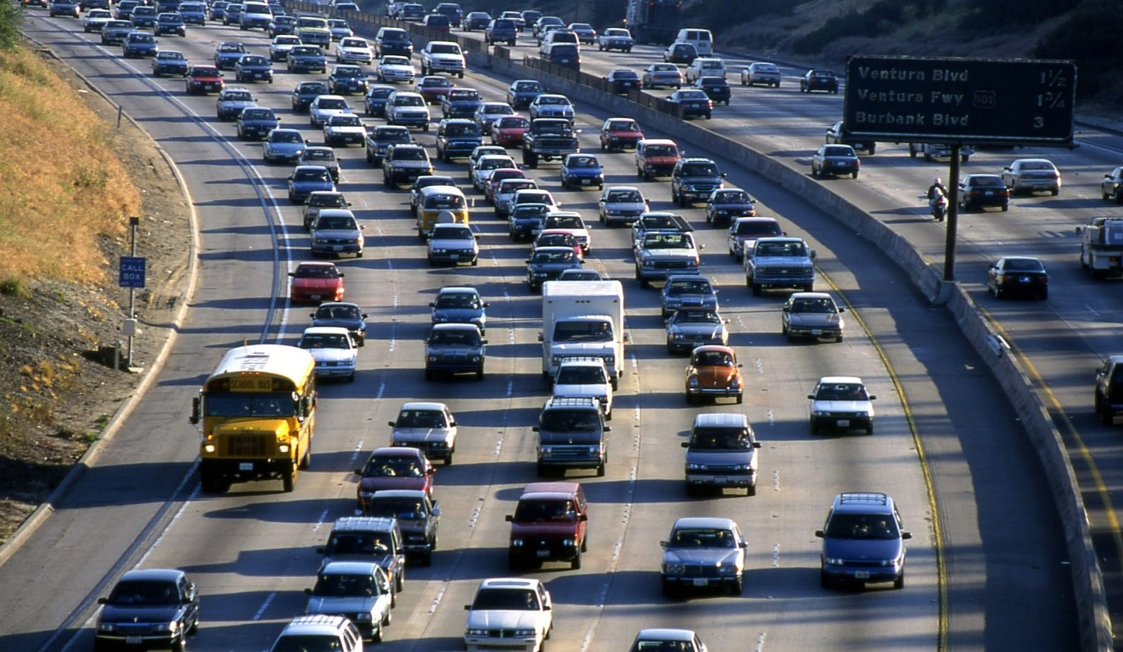 EPA's own analysis shows fuel efficiency rollback will kill people and cost money (op-ed)