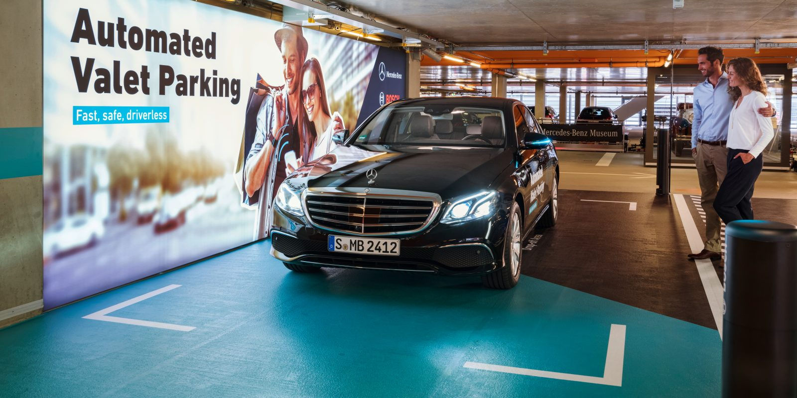 Daimler and Bosch approved for first use of a completely driverless valet service