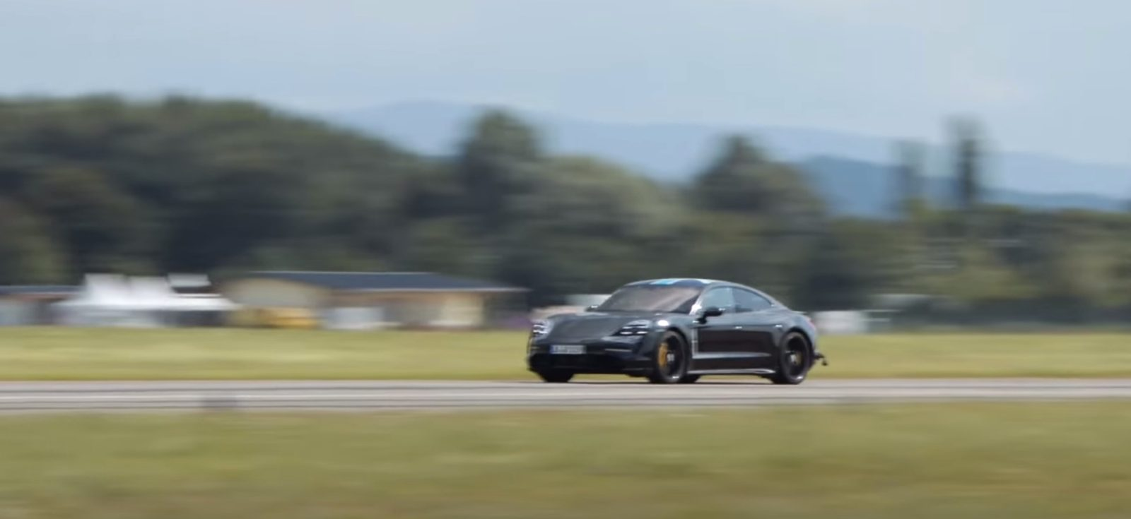 Watch Porsche Taycan perform 30 consecutive 0-124 mph launches