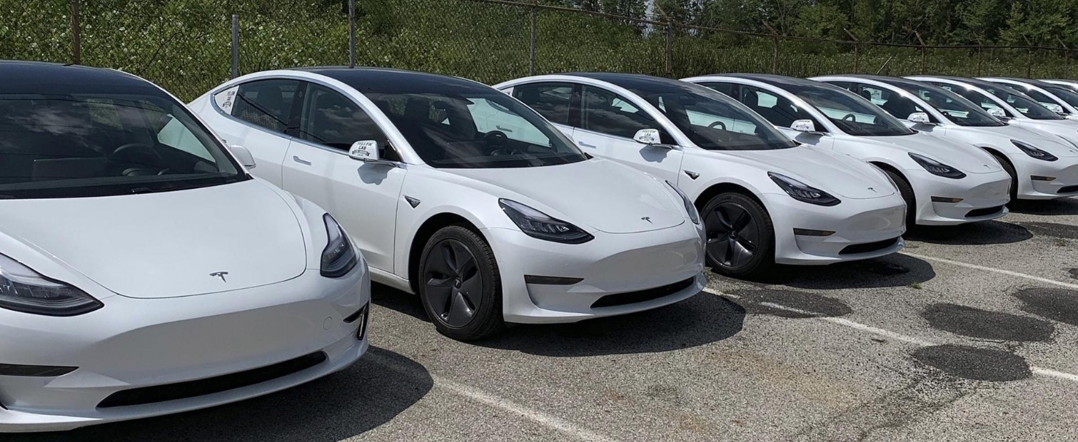 Tesla scores large order from taxi company in Germany