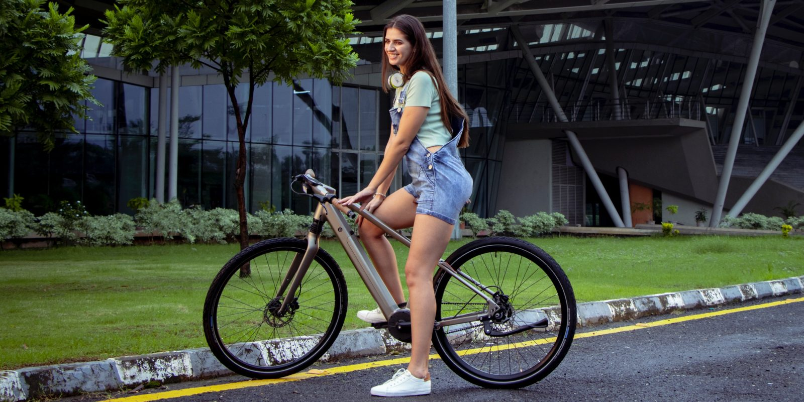 Believe it or not, study shows e-bike riders get more exercise than cyclists