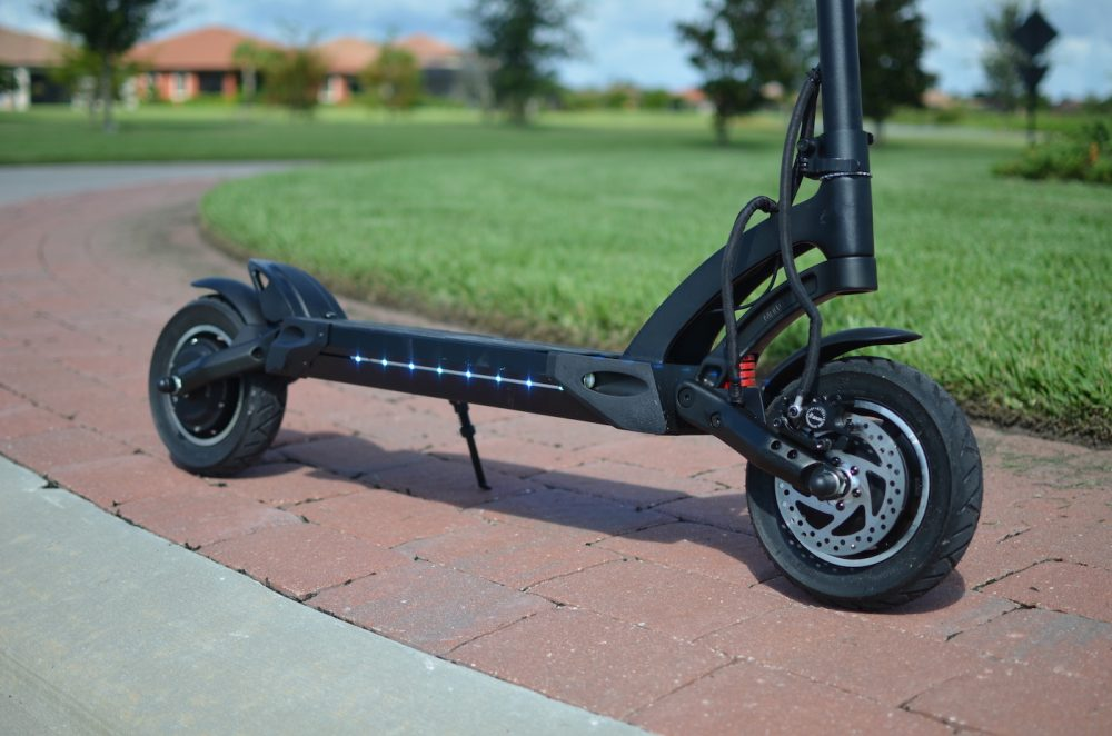 fluidfreeride mantis electric scooter