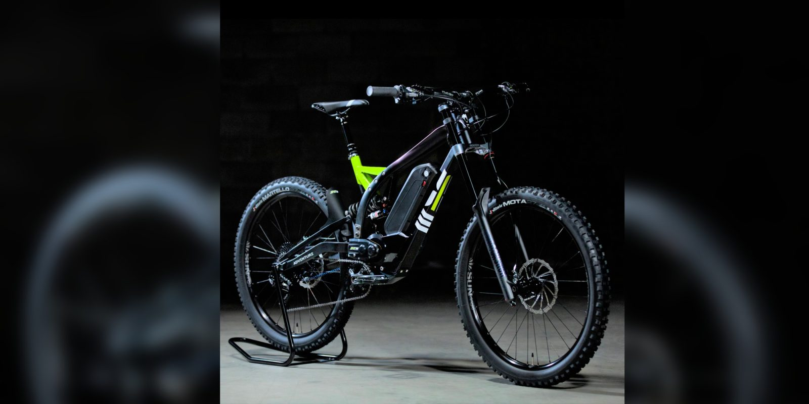 Watch this 4 kW electric dirt bike with pedals climb like a mountain goat