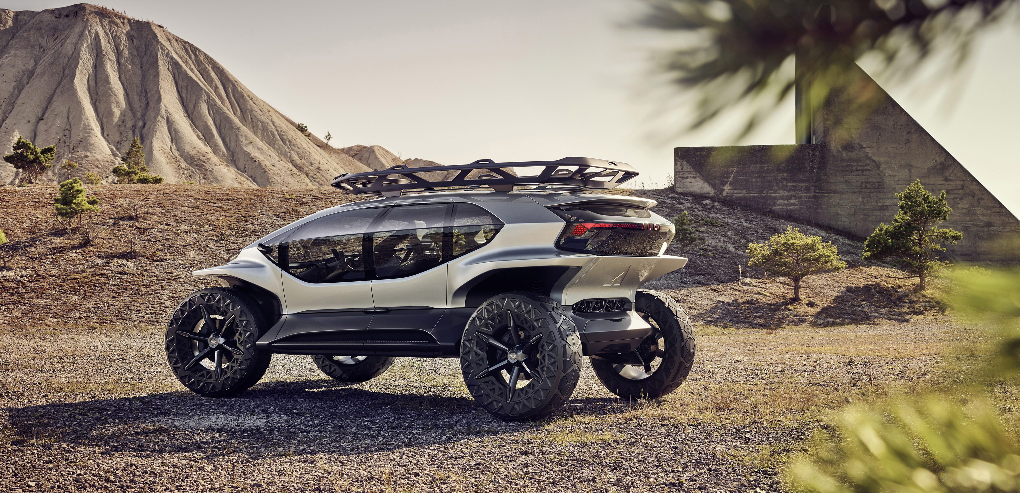 Audi unveils Mars rover-looking electric off-roader with insane ...