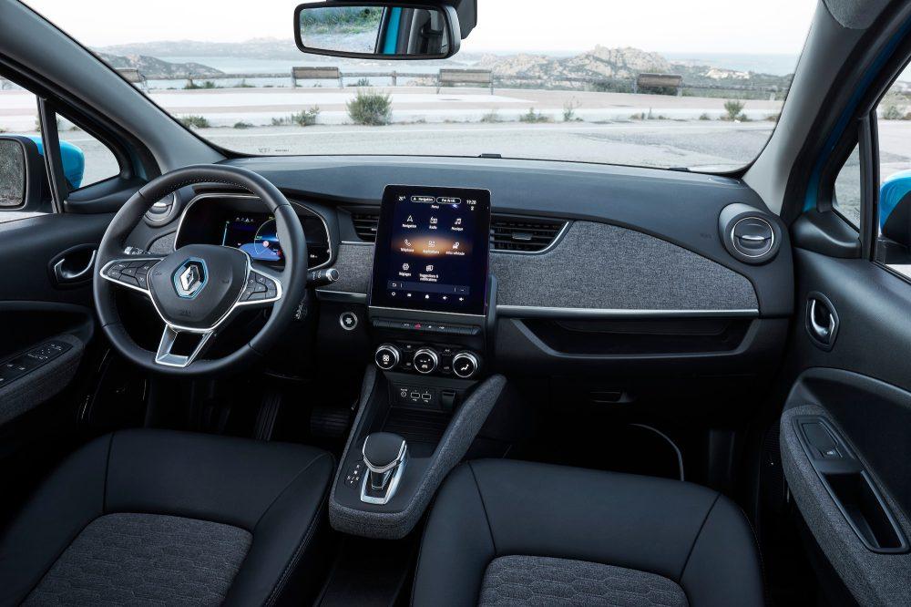 Renault Zoe Test >> New Renault Zoe Test Drive Europe S Best Little Ev Just Got