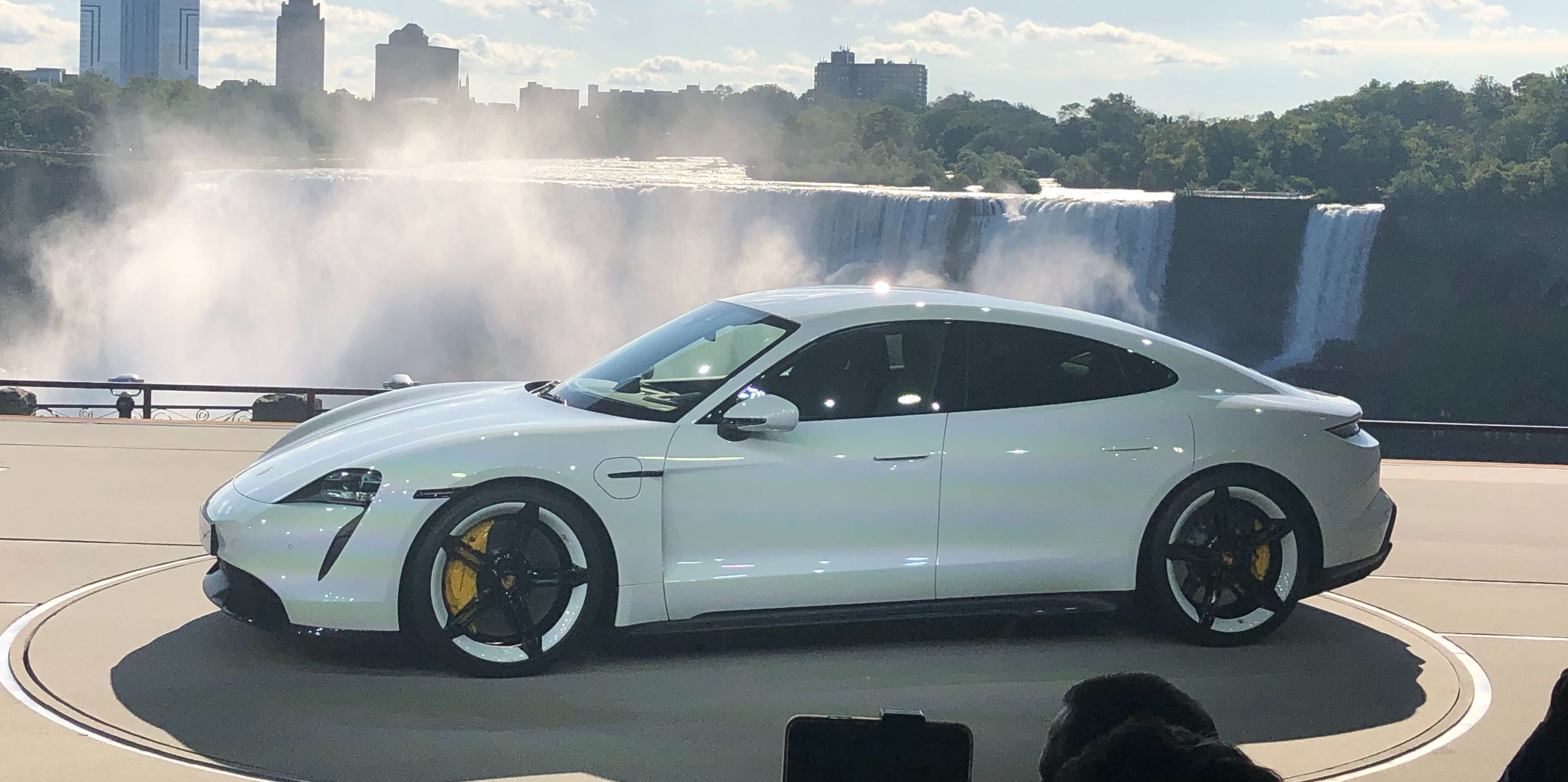 Porsche Taycan demonstrates difficulty launching performance