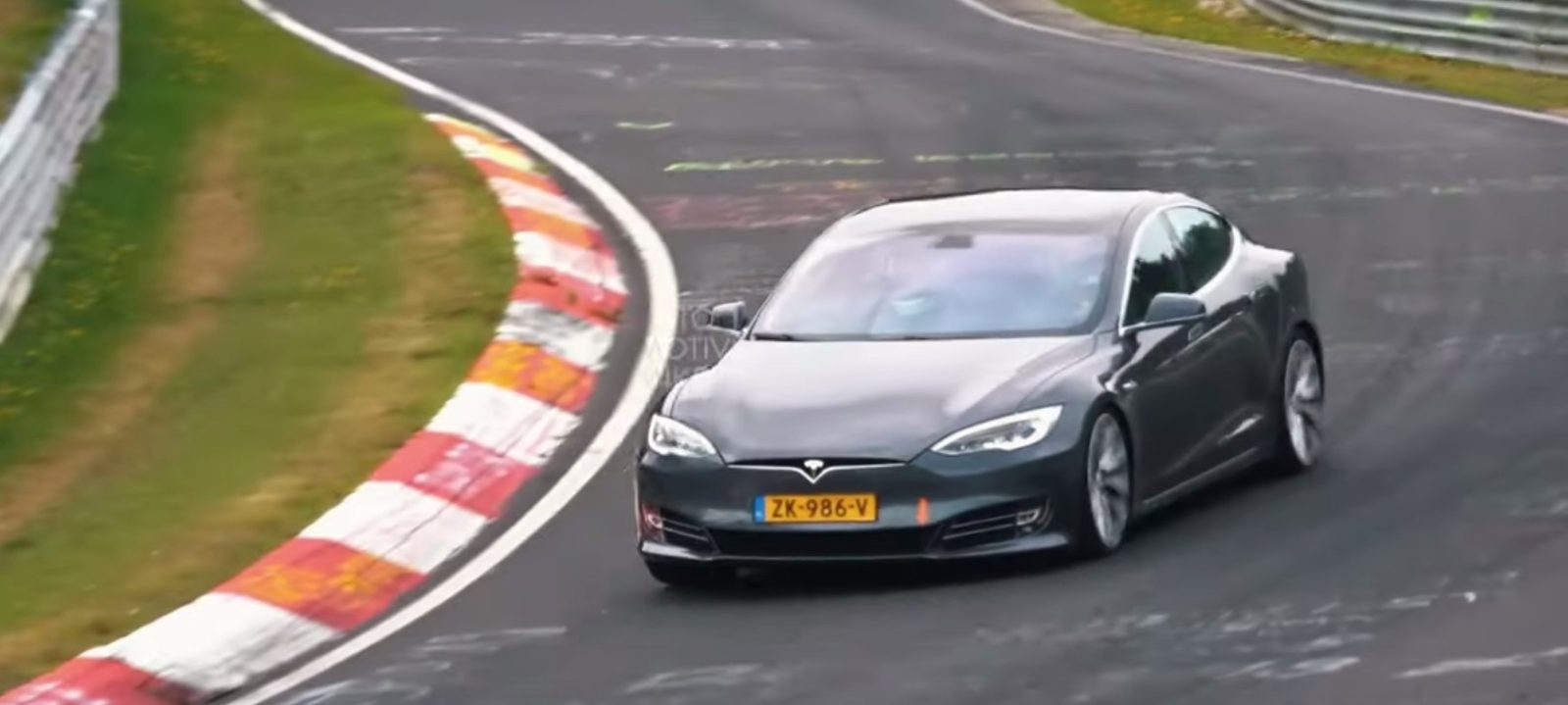 Watch Tesla's new Model S shred tires on Nürburgring racetrack