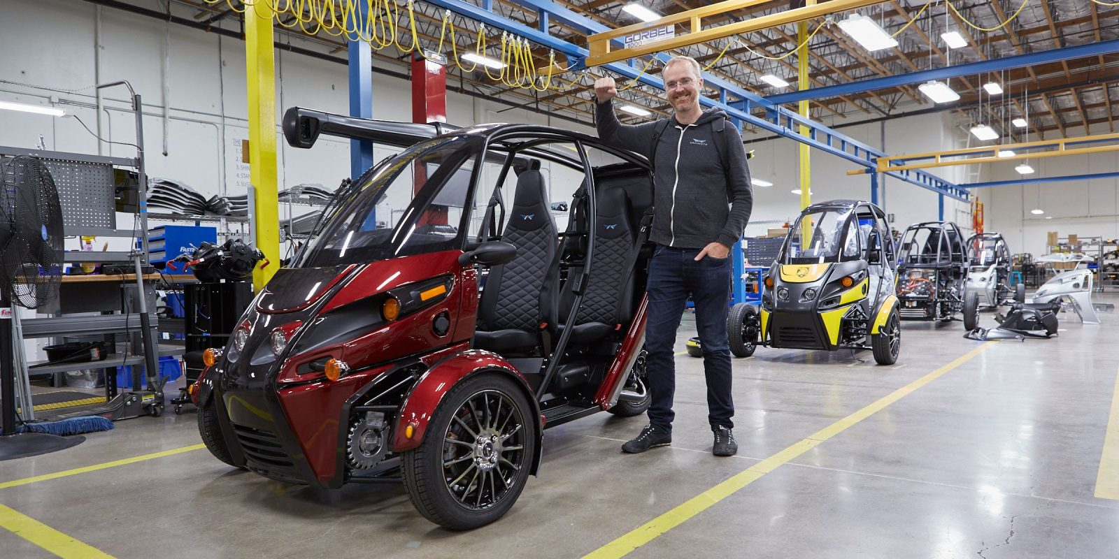 It's finally here: Arcimoto is delivering its 75 MPH electric trike fun-mobile