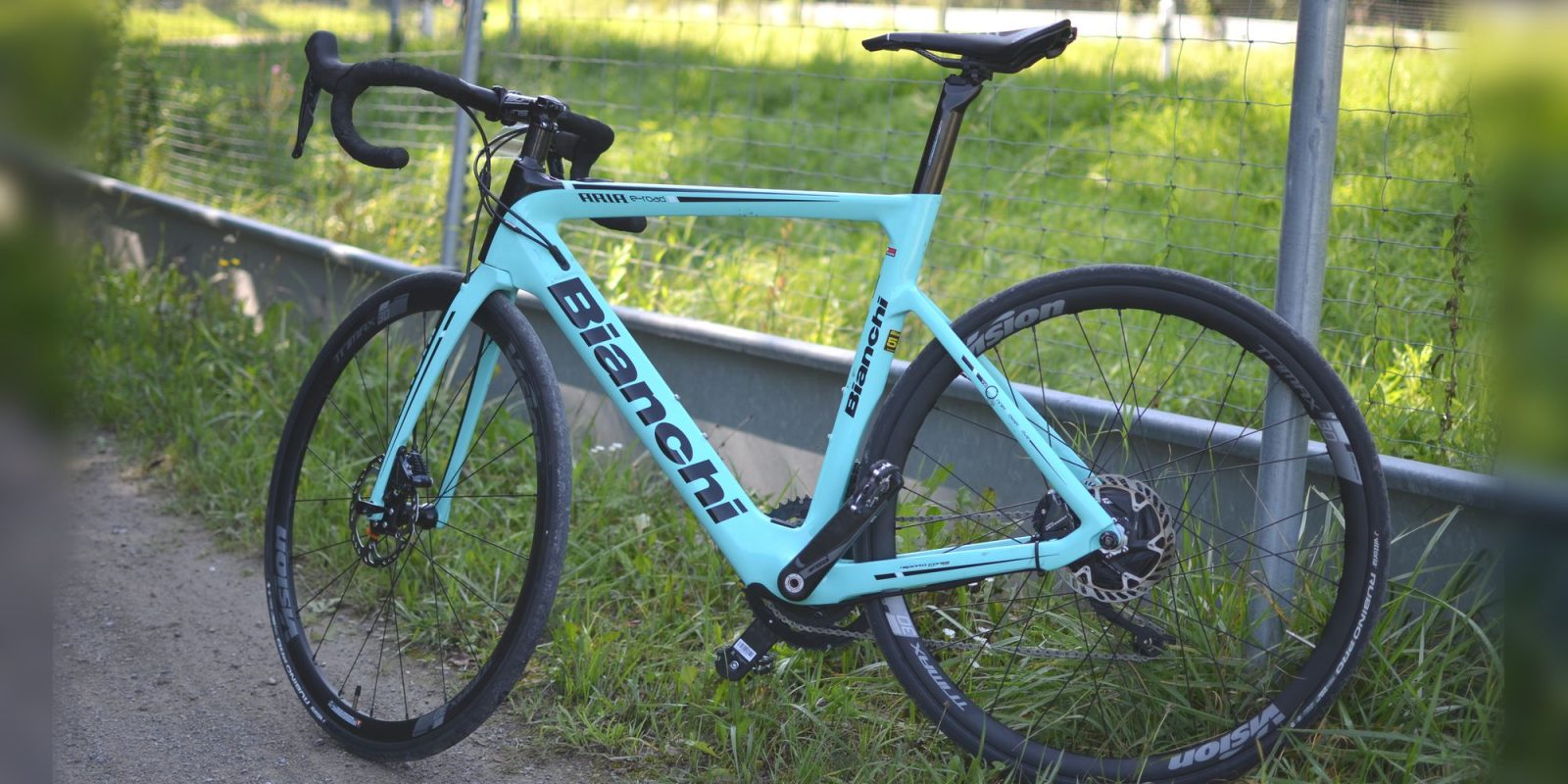 First Ride: Bianchi Aria E-Road – Believe it or not this is an electric bicycle